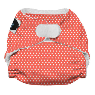 Imagine newborn AIO stay dry - on the rocks - velcro
